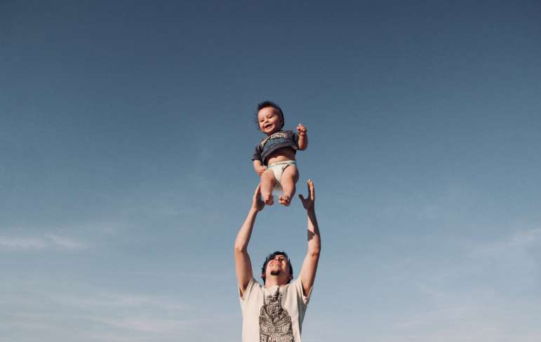 How Is Paternity Established in Illinois